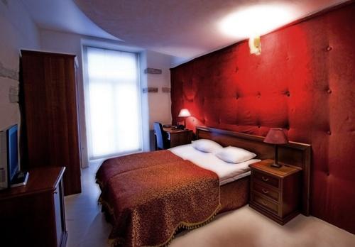 St Olav Tallinna hotellihuone