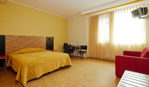 Superior double huone City Hotel Portus Tallinna