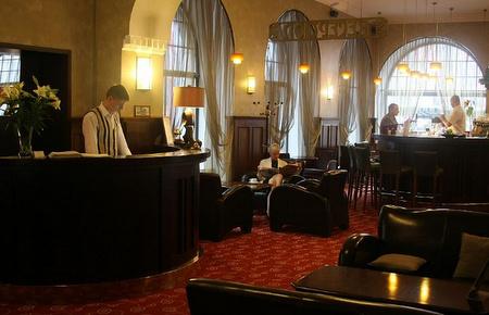 Vastaanotto Hotel Barons Tallinna