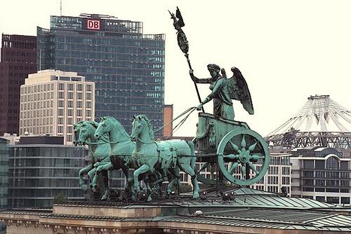 Brandenburgin portti quadriga Berliini