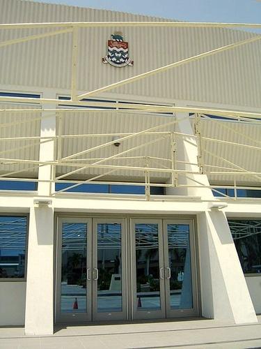 Caymansaarten lakiasäätävän kokouksen hallintorakennus
