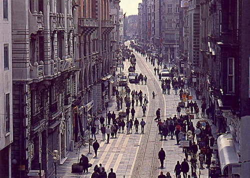 Istiklal Caddesi kauppakatu Istanbul