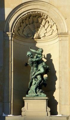 Paris ja Helena patsas Tukholman kuninkaanlinna
