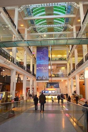 Science Museum Lontoo päähalli