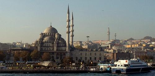 Istanbul Uusi moskeija Kultainen sarvi