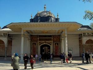 Onnellisuuden portti Topkapi-palatsi Istanbul