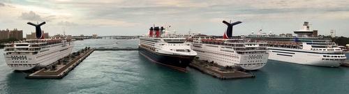 Prince George Wharf Nassaun satama Bahamasaaret