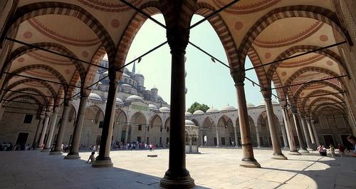 Sinisen moskeijan kaarikäytävät Istanbul