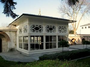 Terassikioski Topkapin palatsi Istanbul