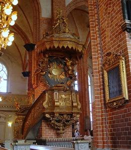 Tukholman Suurkirkon saarnatuoli