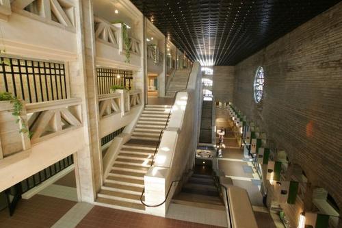 Viron kansalliskirjasto portaikko Tallinna