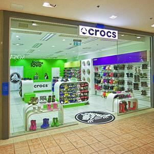 18bae1c774416 Tallinnan Crocs kenkäkaupat – VeniceExpert