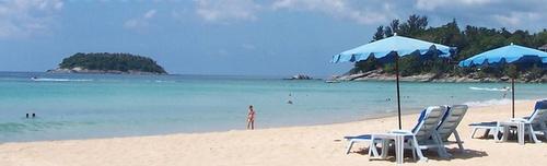 Kata Beach Koh Pu Thaimaa