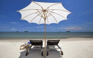 Koh Chang aurinkovarjo ranta Thaimaa
