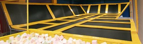 Batuudikeskus Skypark trampoliini leikkikeskus Tallinna