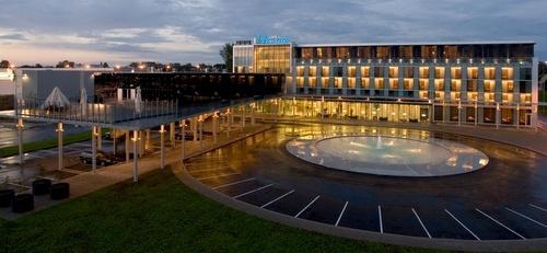 Hotell Ülemiste hotelli Tallinna