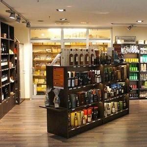 Oak & Leaf Whisky, Cigars, Teas Tallinnan lentokenttä