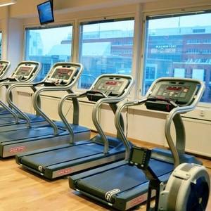 Fitness24Seven kuntokeskus juoksumatot Malmin Nova Helsinki