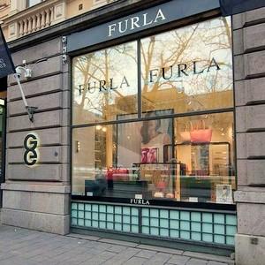Furla asustekauppa Galleria Esplanad Helsinki