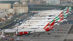 Dubain lentoaseman lentokoneita