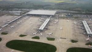 Lontoo-Stanstedin lentokenttä