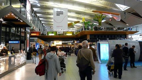 Amsterdamin lentokentän terminaali