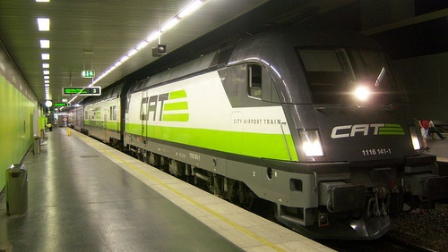 City Airport Train (CAT) juna Wienin lentoasema