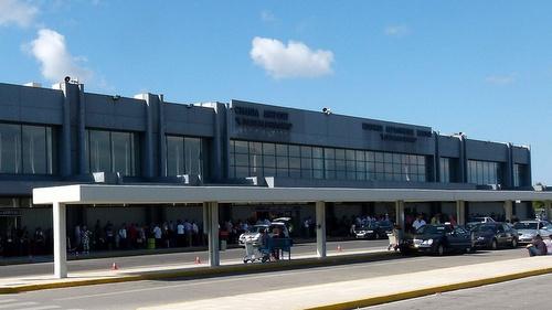 Kreeta-Chanian lentokenttä