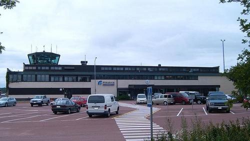 Maarianhaminan lentokenttä