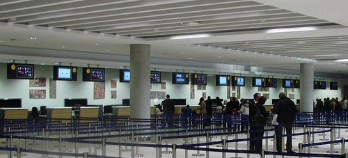 Paphoksen lentokenttä check-in
