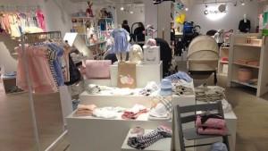 Babyshop lastenvaatekauppa Sturegallerian Tukholma