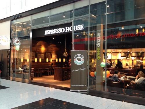 Kista Galleria Espresso House kahvila Tukholma