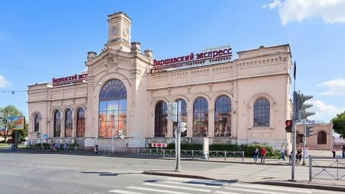 Varshavsky Express ostoskeskus Pietari, Venäjä.
