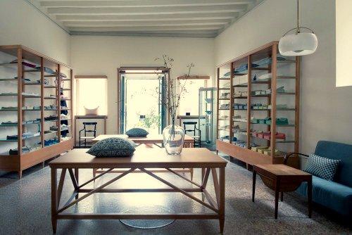 Chiarastella Cattana design shop in Venice, Italy.