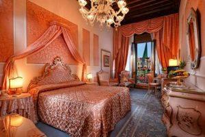 Hotel Rialto guest room in Venice, Italy.