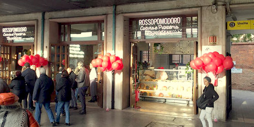 Rossopomodoro pizza restaurant in Venice, Italy.