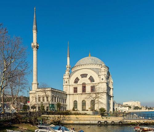Dolmabahcen moskeija Istanbul