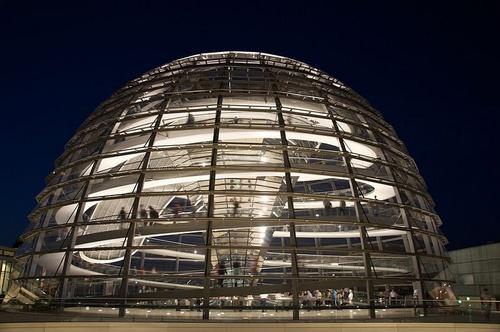 Reichstag dome Berliini
