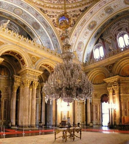 Seremoniaalinen sali Dolmabahcen palatsi Istanbul