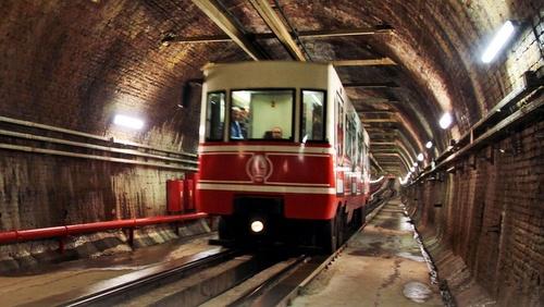 Tunel maanalainen Istanbul