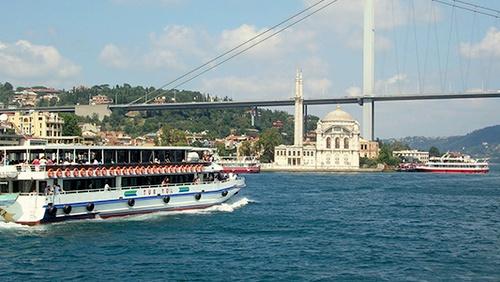 TurYol Bosporinsalmen risteily Istanbul