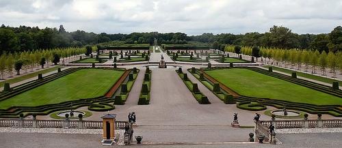 Drottningholmin linnan barokkipuutarhat