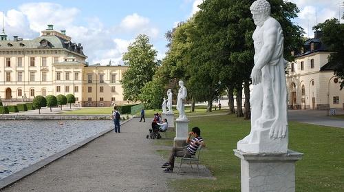 Drottningholmin linnan patsaita