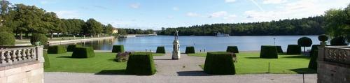 Drottningholmin linnan puisto
