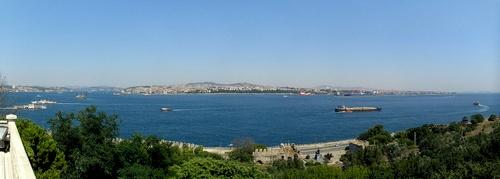 Näkymä Bosporinsalmelle Topkapin palatsilta Istanbul