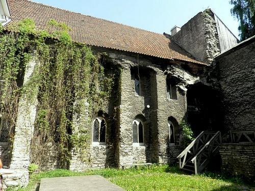 Tallinnan dominikaaninen luostari