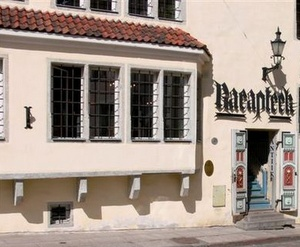 Tallinnan raatihuoneentorin apteekki