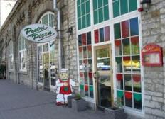 Peetri Pizza Mere puiestee Tallinna