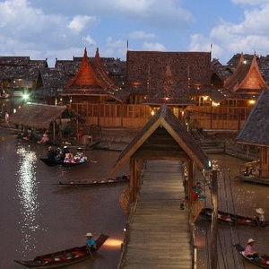 Pattaya Floating Market Jomtien Beach Thaimaa