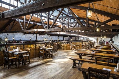 Restoran Viktoria ravintola ravintolasali Tallinna